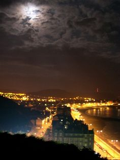 Night.Near P.G's.Aberystwyth. Aberystwyth, Places To Travel, Wales, Landscapes, Journey, Clouds, Night, Pretty, Outdoor