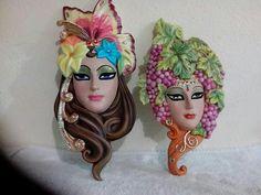 Máscaras Mariposa y uvas Bottle Crafts, Masquerade, Carnival, Wall Decor, Princess Zelda, Fantasy, Ornaments, Google, Face