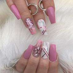 "1,008 Likes, 17 Comments - ✨LUXURY NAIL LOUNGE✨ (@glamour_chic_beauty) on Instagram: ""✨ Le Grandè ✨ #glamourchicbeauty #glamourchic #gcnails #goldcoastnails #pinknails #marblenails…"""