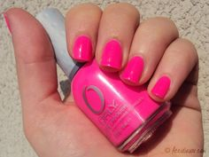 Smalto fluo, assolutamente rosa #summerbag #limoni