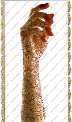 flowers, swirls, retros with some tiny motifs. A luxurious mehndi design for a Dulhan