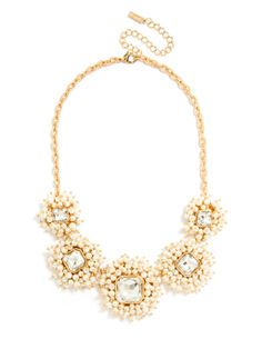 Pearl Cluster Collar Necklace in Gold | BaubleBar