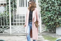 abrigo largo streetstyle Duster Coat, Jackets, Fashion, Down Coat, Wraps, Down Jackets, Moda, Fashion Styles, Fashion Illustrations