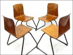 Thur op seat cztery krzesła design 70 ...