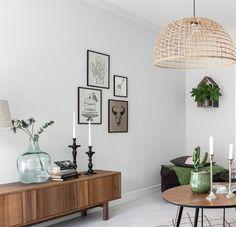 Ikea Living Room, Living Spaces, Mesa Retro, Retro Side Table, Home Interior Design, Interior Decorating, Ikea Stockholm, Hm Home, Mid Century Modern Living Room