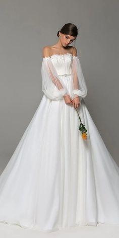 Western Wedding Dresses, Top Wedding Dresses, Wedding Dress Trends, Princess Wedding Dresses, Bridal Dresses, Lace Wedding, Wedding Gowns, Modest Wedding, Garden Wedding