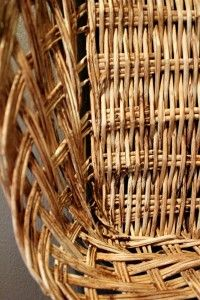 How to paint any basket to look like an antique find. (And my own basket wall reveal!) - The Creek Line House