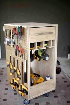 Tool Pegboard, Pegboard Garage, Garage Tool Organization, Garage Tool Storage, Workshop Storage, Garage Tools, Diy Storage, Lumber Sizes, Tool Box Diy