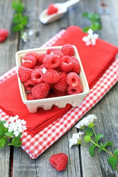 Raspberries by kyokoliberty