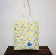 Whale tote bag with long handles/ hand painted handbag/ shopping bag/ self-made Found on etsy 'ThreeLeggedMoose' Painted Bags, Hand Painted, Market Bag, Lemon Yellow, Handmade Design, Whales, Shopping Bag, Totes, Cotton Fabric