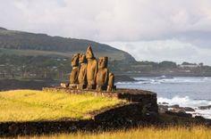 Moai - słynne rzeźby Wyspy Wielkanocnej