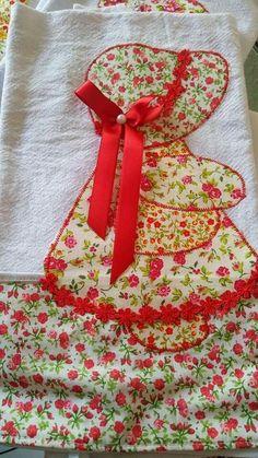 Sunbonnet Sue, Sarah Kay, Holly Hobbie, Applique Patterns, Dish Towels, Crochet Crafts, Needlepoint, Apron, Patches