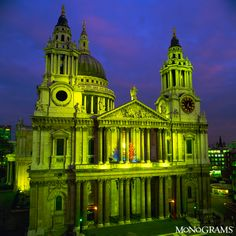 St. Paul's Cathedral | London, England | Visit the great dome for 360 views of the city. #TravelHappy