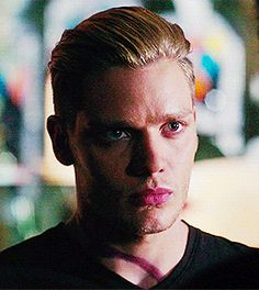 jace wayland shadowhunters | Tumblr