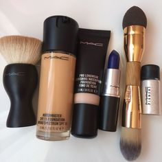 Everything You Need For A Complete, Affordable Makeup Kit Makeup Goals, Love Makeup, Makeup Kit, Skin Makeup, Makeup Inspo, Makeup Inspiration, Makeup Brushes, All Things Beauty, Beauty Make Up