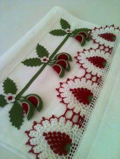 HUZUR SOKAĞI (Yaşamaya Değer Hobiler) Crochet Borders, Crochet Patterns, Floating Flowers, Ruffle Scarf, Beaded Lace, Lace Applique, Flower Arrangements, Embroidery Designs, Diy And Crafts
