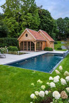 Swimming Pool Landscaping, Natural Swimming Pools, Pool Decks, Backyard Pools, Classic Garden, Small Pools, Dream Pools, Pool Houses, Pool Designs