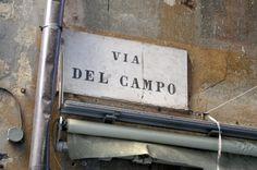 """Fabrizio De Andrè - Via del Campo - Volume I - 1967    """"... gli occhi grandi / color di foglia ... dai diamanti non nasce niente / dal letame nascono i fior"""""""