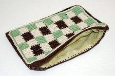How to Sew a Lining for a Pouch or Bag: Learn How to Make A Crocheted Pouch or Bag With a Lining