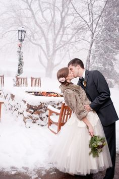 Mariage d'hiver, Winter Wedding, snow, neige, couple, love, bride and groom, ceremony, weddingdress