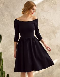 4f23745e18 Kobieca sukienka uszyta z grubszej wytrzymałej dzianiny. Dzianina dobrej  jakości (bawełna+wiskoza+