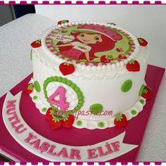 Strawberry girl cake  Çilek kız konseptli pasta  www.denizlipasta.com