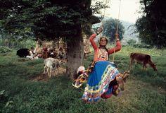Beautiful Portrait of India // Photograph by Steve McCurry     http://stevemccurry.wordpress.com/