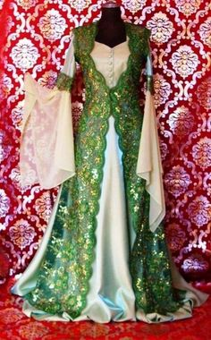 Day Dresses, Girls Dresses, Stylish Dresses For Girls, Medieval Dress, Haute Couture Fashion, The Dress, Traditional Outfits, Kimono Top, Style Inspiration