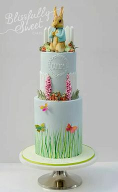 Rabbit Cake Decorating Ideas Elegant Bunny Rabbit Wedding Cake with Carrots and Spring Flowers Bunny. Peter Rabbit Cake, Peter Rabbit Birthday, Peter Rabbit Party, Baby Bump Cakes, Baby Shower Cakes, Beatrix Potter Cake, Rabbit Wedding, 1st Birthday Cakes, Girl Cakes
