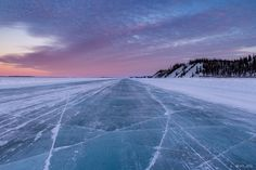 Roads are not allowed on /r/EarthPorn but this road is a frozen river in the Canadian Arctic so I hope its ok. [OC] - Click the PIN to see more! Some Beautiful Pictures, World Photo, Its Ok, Nature Photos, Beautiful World, Arctic, Cool Photos, Roads, Earth
