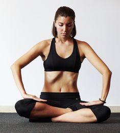5 Ejercicios hipopresivos que te ayudarán a lucir un abdomen de acero este verano Fitness Exercise - Şifalı Kür Tarifleri - Mücize Kür Tarifi Yoga Gym, Yoga Fitness, Health Fitness, Fit Board Workouts, Gym Workouts, Pilates, Posture Correction, Keep Fit, Abs