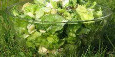 Zielona sałata w cebulowo-porowym sosie - Przepisy kulinarne - Sprawdzone i smaczne