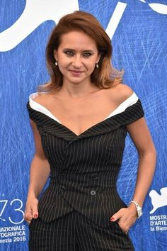 """aac89fc2b88bc5 Best Dressed  """"Masculine Feminine"""" Nelly Karim in Off-shoulder Pin-striped  pantsuit at Venice Film Festival"""