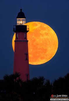 Supermoon of the century over Ponce de leon Lighthouse by justin kelefas by Justin Kelefas on 500px