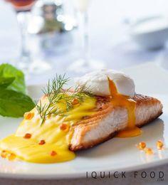 Seared salmon, lemon hollandaise, poached egg and caviar