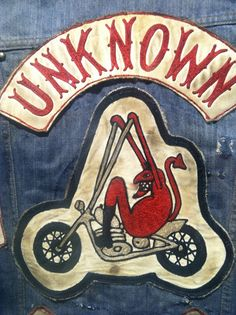 Hell's Union displays vintage motorcycle club cuts from the collection of Jeff Decker Biker Clubs, Motorcycle Clubs, Motorcycle Vest, Biker Vest, Cool Patches, Biker Patches, Bike Gang, Ad Of The World, Vintage Patches