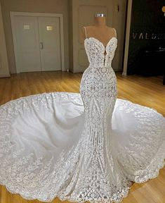 Looking for plus size wedding dresses in Lace Mermaid Sleeveless styles, and hope to custom made Zipper Lace bridal dresses in affordable price? Newarrivaldress covers all on this elegant Latest Lace Mermaid Wedding Dresses Cheap Online Top Wedding Dresses, Lace Mermaid Wedding Dress, Wedding Dress Trends, Mermaid Dresses, Bridal Dresses, Maxi Dresses, Lace Wedding, Modest Wedding, Wedding Ideas