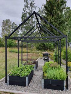 Vegetable Garden Design, Small Garden Design, Garden Landscape Design, Dream Garden, Home And Garden, Vintage Garden Decor, Garden Animals, Garden Planning, Garden Beds