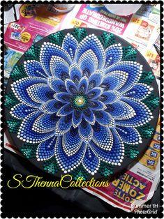 12552 best dot painting mandalas, etc. Mandala Doodle, Mandala Canvas, Mandala Art, Mandalas Painting, Madhubani Painting, Dot Art Painting, Stone Painting, Mandala Rocks, Button Art