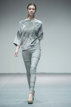 ECDA2013 wildcard Finalist_Clementine Sandner_Outfit 2_photo by Victor Fraile_Studio East