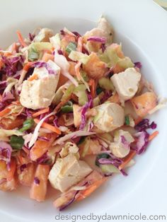Oriental Pineapple Coleslaw Salad with Grilled Chicken {Whole 30 Compliant}. Tastes a lot like Apple's Oriental Chicken Salad! #eatclean #whole30