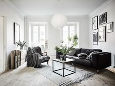 Inspirations and living room ideas from a Scandinavian home tour - ITALIANBARK interior design blog #scandinavian #hometour #living