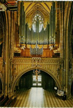 Gorgeous view of organ in the Cathedral of St. Stephen (St. Stephansdom) in Vienna.  The building is medieval; the organ is reconstructed from the original.  Love the angels supporting the chamber.