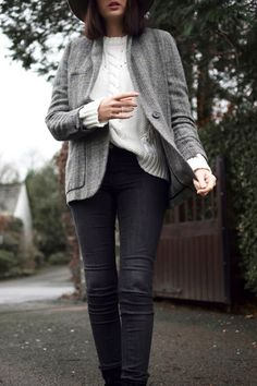 tweed jacket, cable knit sweater and skinny jeans #style #fashion