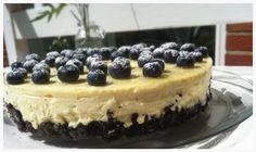 Denne her kage er nok den bedste kage jeg nogensinde harsmagt! Ensprød Oreo bundtoppet meden blød mascarponemasse med hvid chokolade og et twist af lime. Det søde og det syrlige spiller helt perfekt sammen, og kagen er god at servere på en lun sommerdag. Kagen er enormt nem at lave, men....