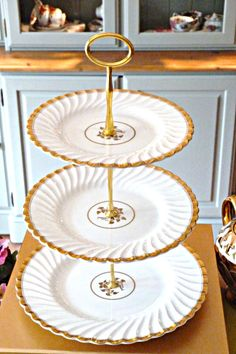 .cakestandland.co.uk Teapot topped cake stand | shabby chic | Pinterest | Teapot Adult crafts and Shabby & www.cakestandland.co.uk Teapot topped cake stand | shabby chic ...