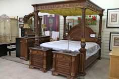 McFerran Eastern King Bedroom Set - Colleen's Classic Consignment, Las Vegas, NV - www.cccfurnishings.com