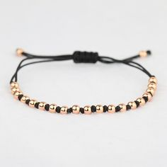 Handmade thread and golden beads bracelet work ideas Diy Bracelets Easy, Bracelet Crafts, Handmade Bracelets, Jewelry Crafts, Jewelry Bracelets, Macrame Bracelets, Jewelry Patterns, Bracelet Patterns, Gold Armband