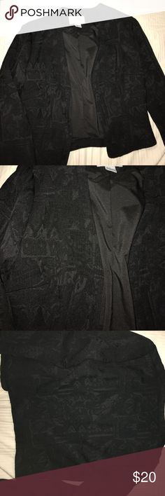 H&M tribal brocade blazer Beautiful black blazer. Tribal print (tried to photograph the details as well as I can) great condition never worn. Rayon and polyester composition. Very classy and chic! H&M Jackets & Coats Blazers