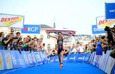 Gwen Jorgensen running down the finish chute